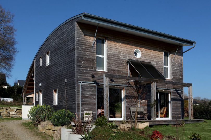 A-BIOCLIMATIC-HOUSE-NEAR-VANNES-BRITTANY