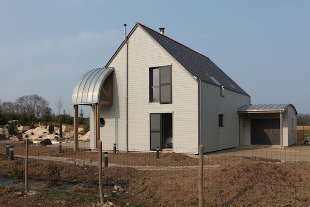 AN-ORGANIC-BIOCLIMATIC-HOUSE-IN-BRITTANY-2
