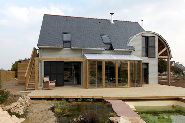 AN-ORGANIC-BIOCLIMATIC-HOUSE-IN-BRITTANY-4