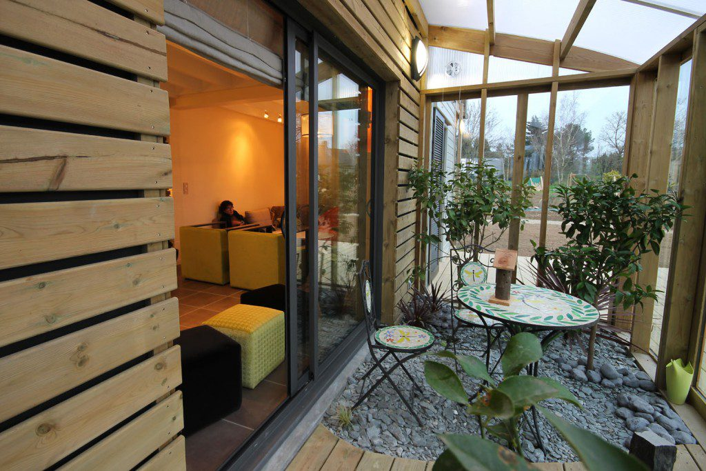 AN-ORGANIC-BIOCLIMATIC-HOUSE-IN-BRITTANY-8