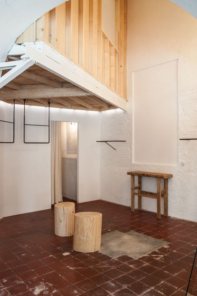 Shop-and-exhibition-space-5