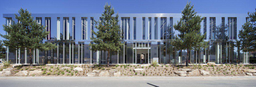 Terrasson039s-Library-1