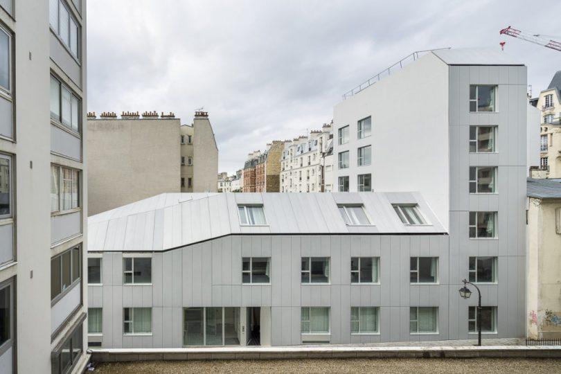 Planchette-sheltered-housing