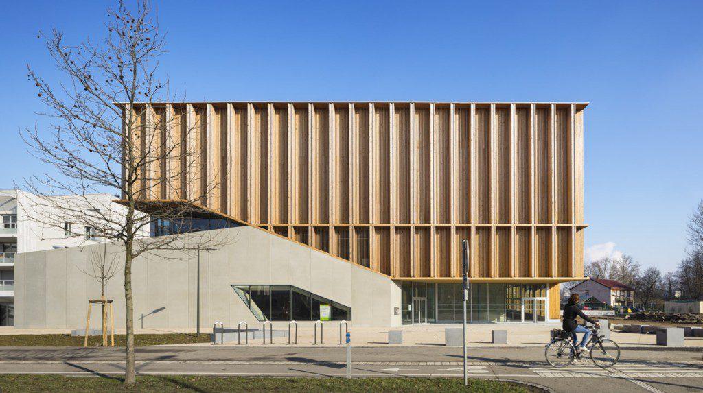 Sports-center-in-Neudorf