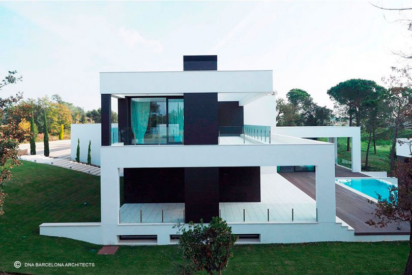 Luxury House Pga Golf 09 Girona Spain By Dna Barcelona Architects
